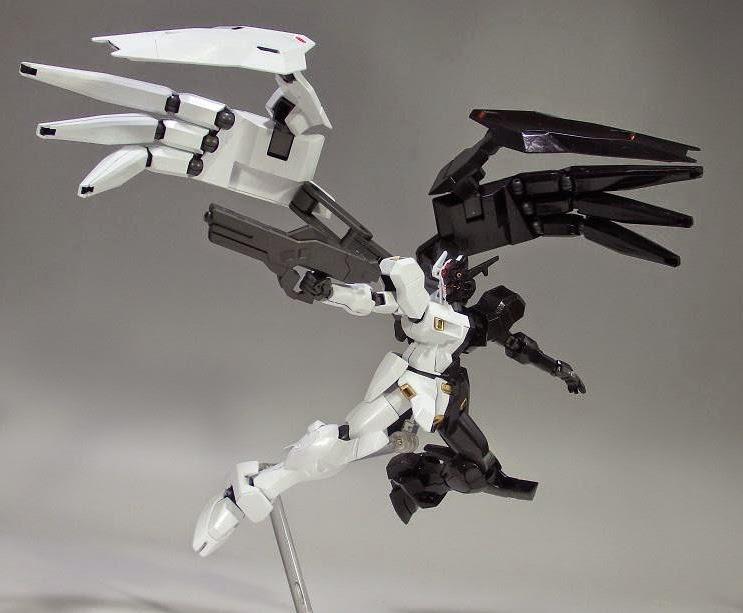 Gundam guy hg 1 144 gaeon 39 black white 39 painted build for Portent gundam hg
