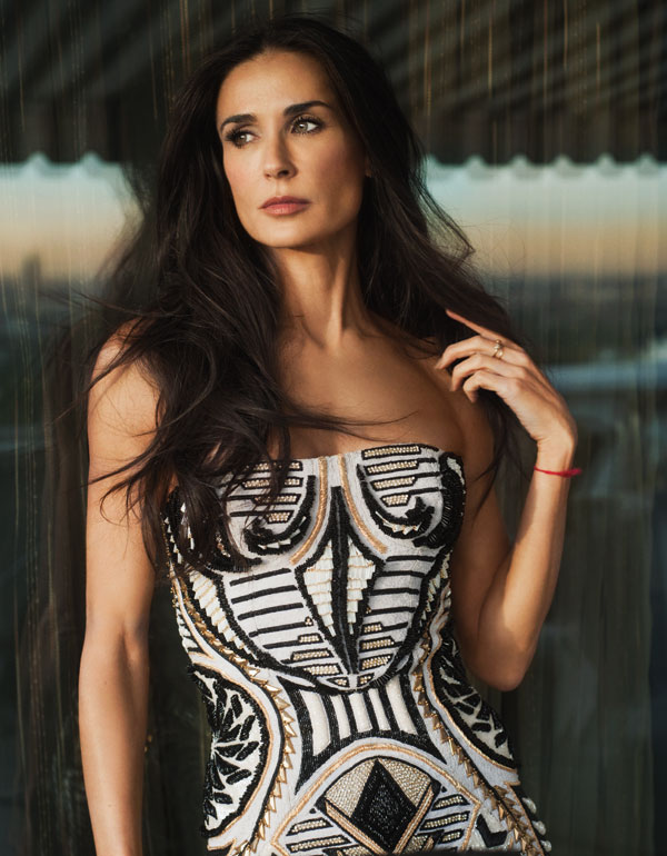Demi Moore, 56, shows off completely naked in stunning