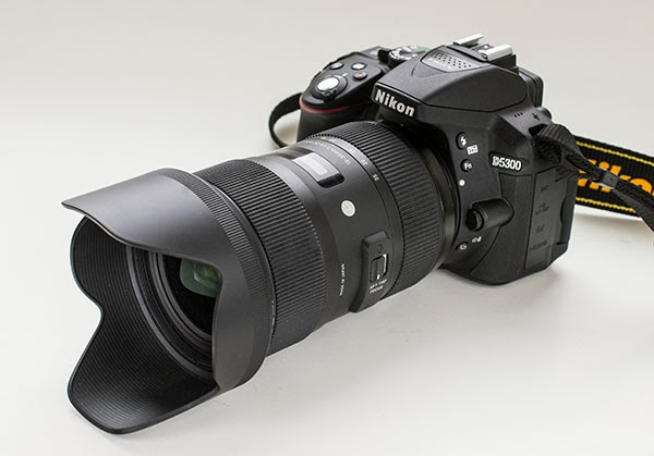 about photography sigma 18 35mm f 1 8 zoom for nikon aps c hands on review. Black Bedroom Furniture Sets. Home Design Ideas