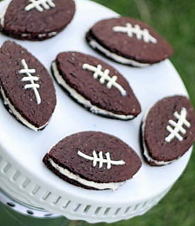 Homemade Oreos Football Style