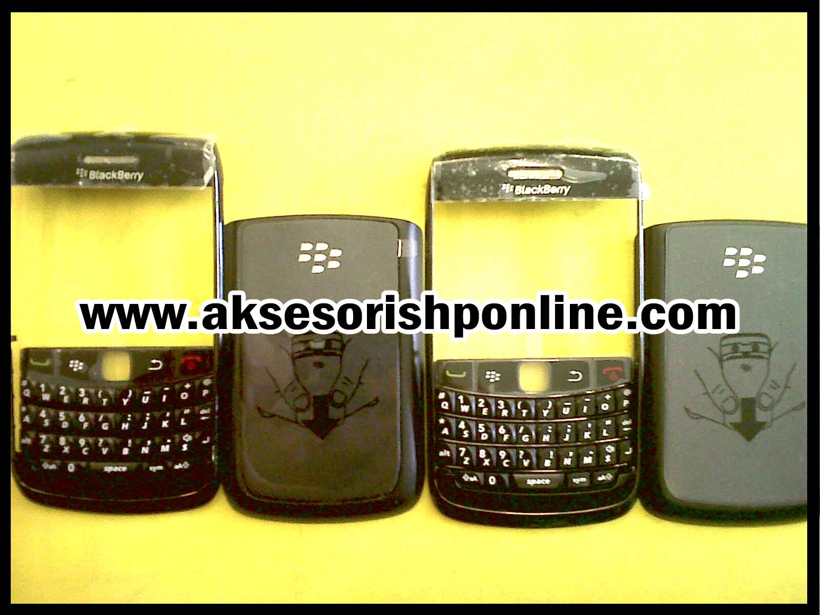 Casing Original Blackberry 9780 atau yang lebih dikenal dengan ONYX-2