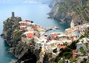 The Cinque Terre area is a very popular tourist destination. (vernazza )
