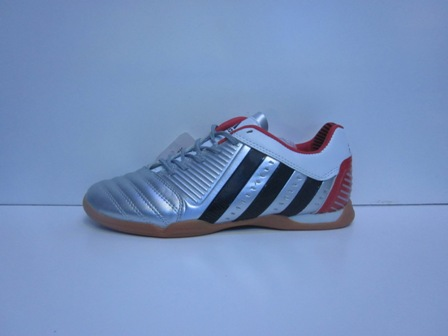 toko online sepatu sepatu adidas predator futsal