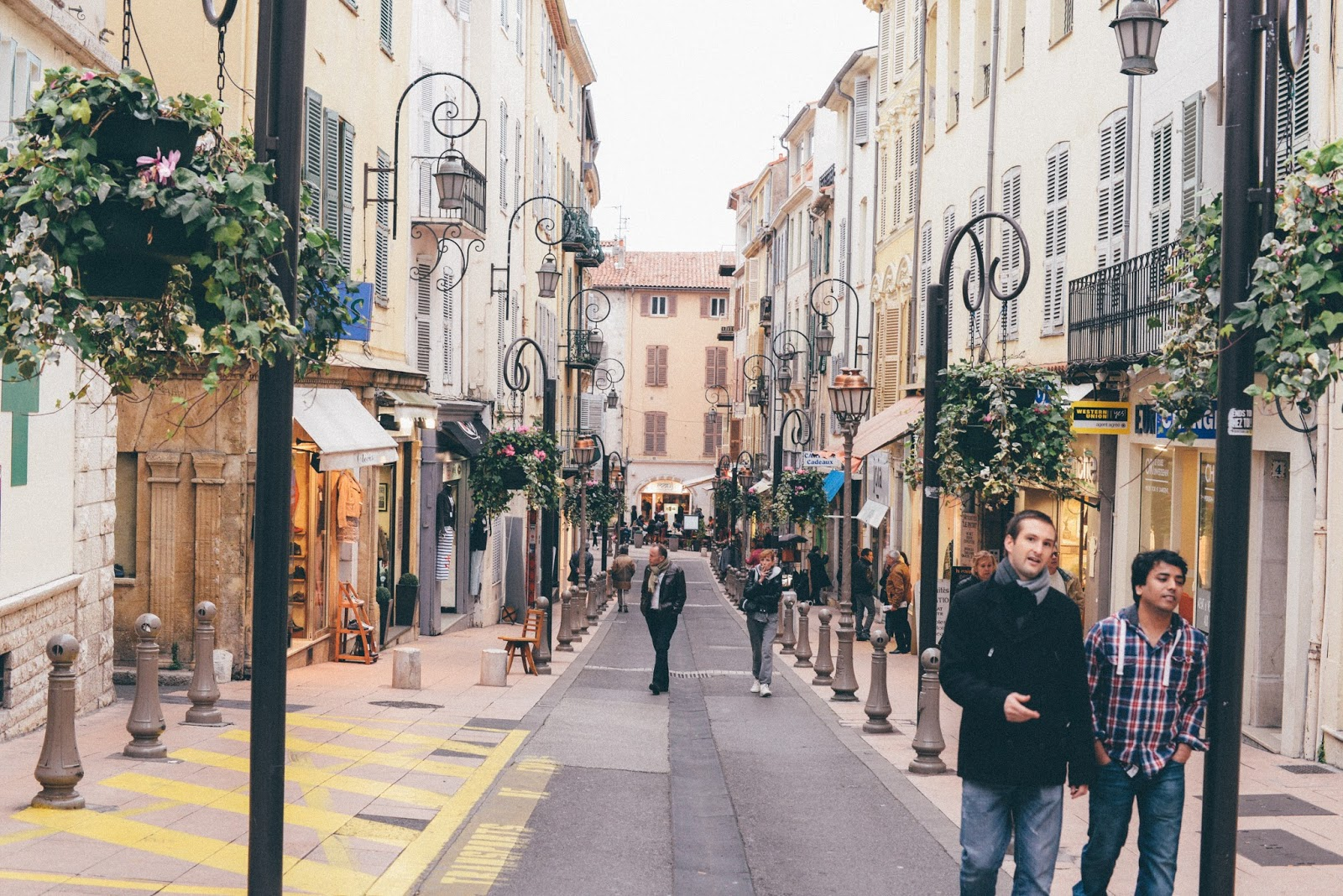 Rue Vieil Antibes