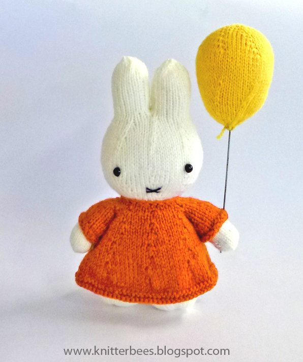 Knitting Patterns Plush Toys : knitterbees: Miffy and her balloon plush toy pattern