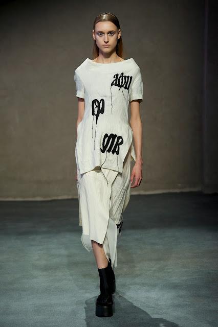 peachoo-krejberg, peachoo, krejberg, peachoo-datwani, roy, krejberg, danemark, paris, couture, haute-couture, printemps-ete, spring-summer, styliste, fashion, mode, fashion-week, paris-fashion-week, mode-a-paris, vogue, collection, womenswear, allure-chic, catwalk, du-dessin-aux-podiums, sexy, fashion-woman, mode-femme, menswear