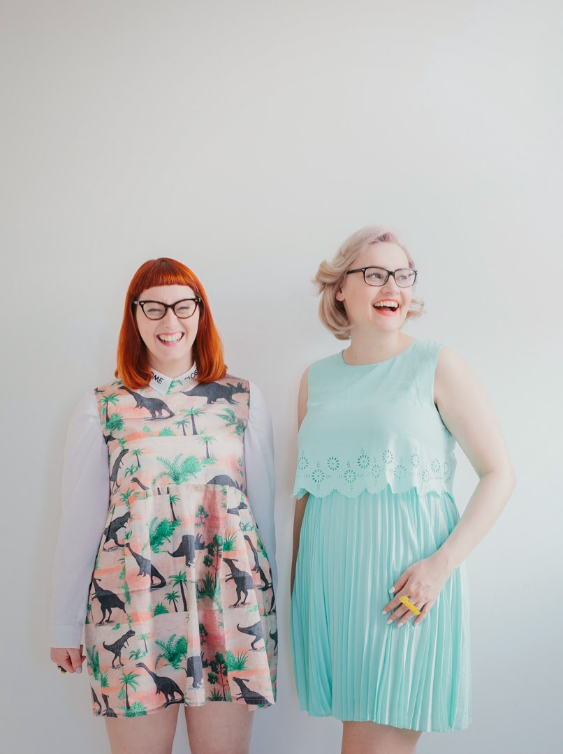 bloggers, fashion, style, wardrobe conversations, pastel, natural light, photography, fashion shoot, smiles, laughter, #scotstreetstyle, #EdFashion, dinosaur