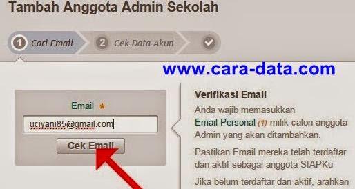 Masukkan Email dan Cek