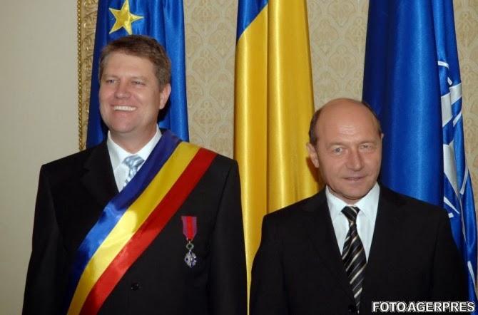 Poză cu Băsescu și Iohannis