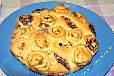 torta delle rose al patè d'olive