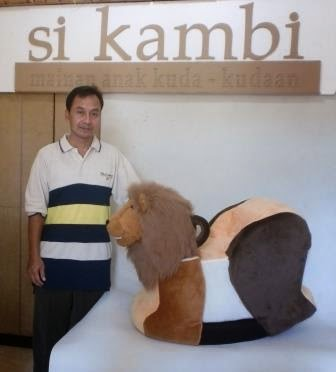 si Kambi : Art of Cardboard Toys Indonesia