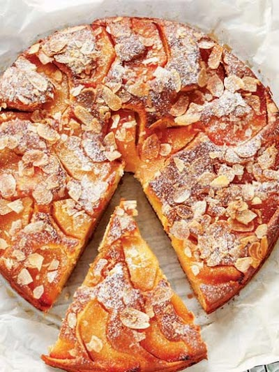 Badem ezmeli ayvalı kek