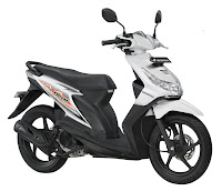 honda beat CW Techno White