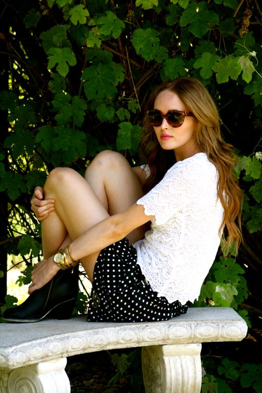 Personal style blogger-summer style- free people shorts-urban outfitters ankle boots-prada sunglasses-Desancso Gardens