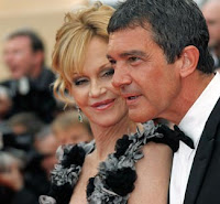Antonio+Banderas+%2526+Melanie+Griffith Celebrity wedding anniversaries