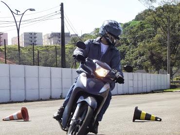 Scooter e CUBs, estas motos também estão no curso, e é  fantástico ver a performance dessas motos.