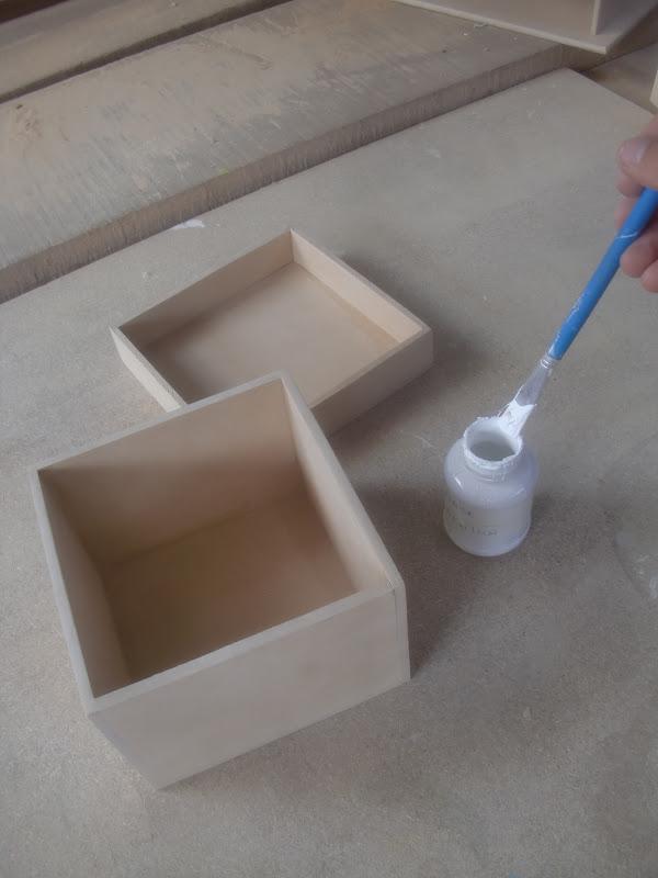 Decoraciones manualidades en madera pintado de cajita de - Manualidades de madera paso a paso ...