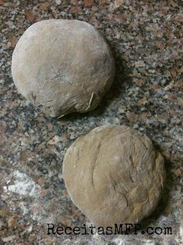 Bolas de massa de pão