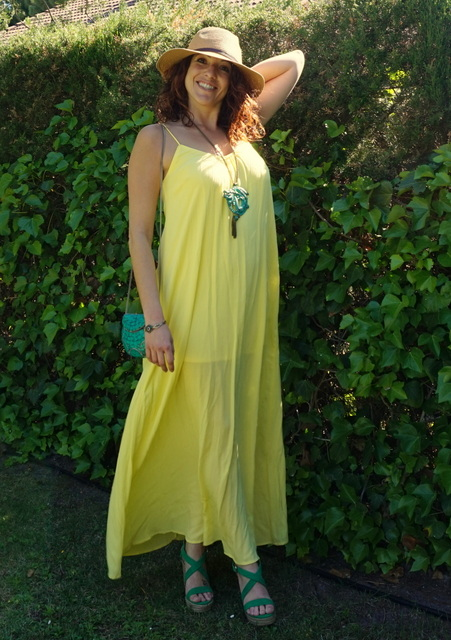 Look amarillo y verde