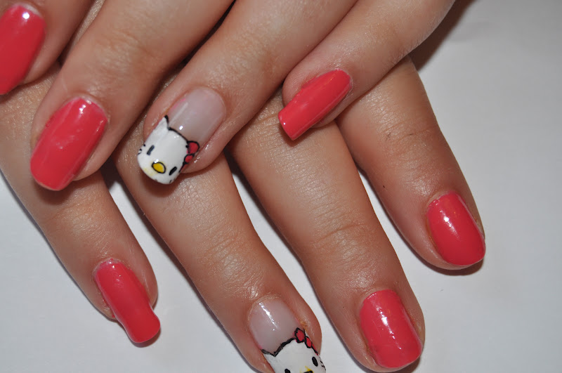 Nail art pens harrods i used my black nail art pen barry m matte white yellow nail art prinsesfo Images