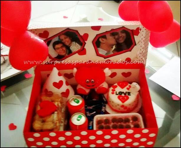 festa na caixa em vermelho e branco festa na caixa para o namorado