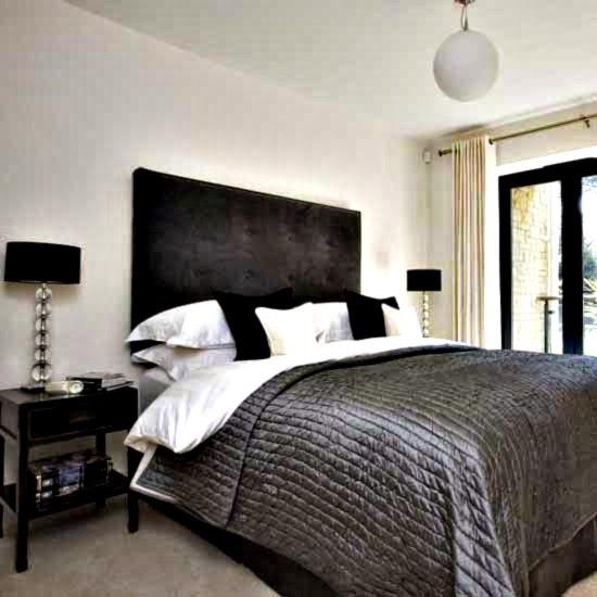 35-inspirasi-desain-ruang-tidur-bernuansa-hitam-putih-007