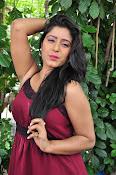 manisha thakur latest sizzling pics-thumbnail-30