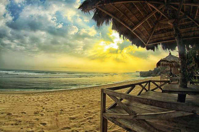 Pantai Indrayanti Jogjakarta - Rumah Kita Homestay