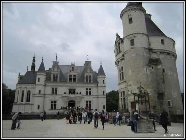 Chateau de Chenonceau Pays de Loire  chateau sur l'eau du Cher, Renaissance Chateau des Dames