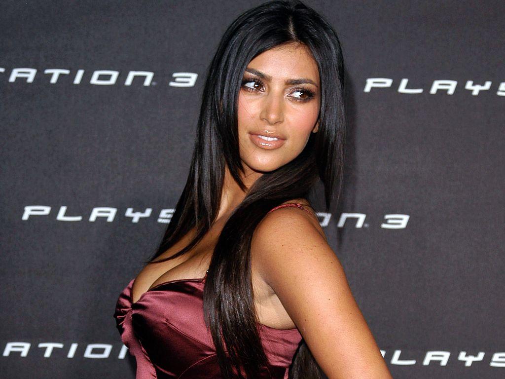 http://2.bp.blogspot.com/-mMLxjWrXLto/ToTDn3WBCAI/AAAAAAAAAXs/zdagyk_6t14/s1600/Kim-Kardashian-60.jpg