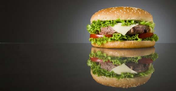 El por qué deberías evitar la comida rápida a toda costa