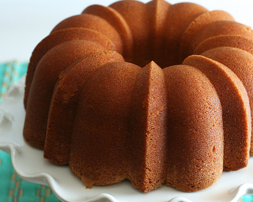 Removing Pound Cake Bundt Pan