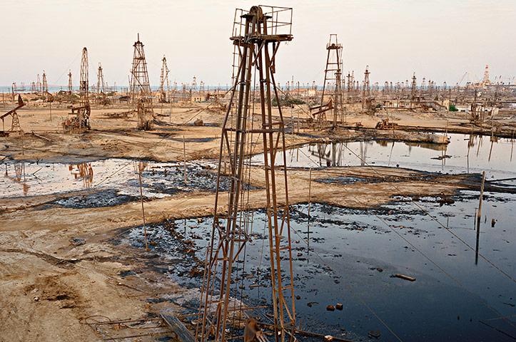 Burtynsky Oil Review Edward Burtynsky Socar Oil