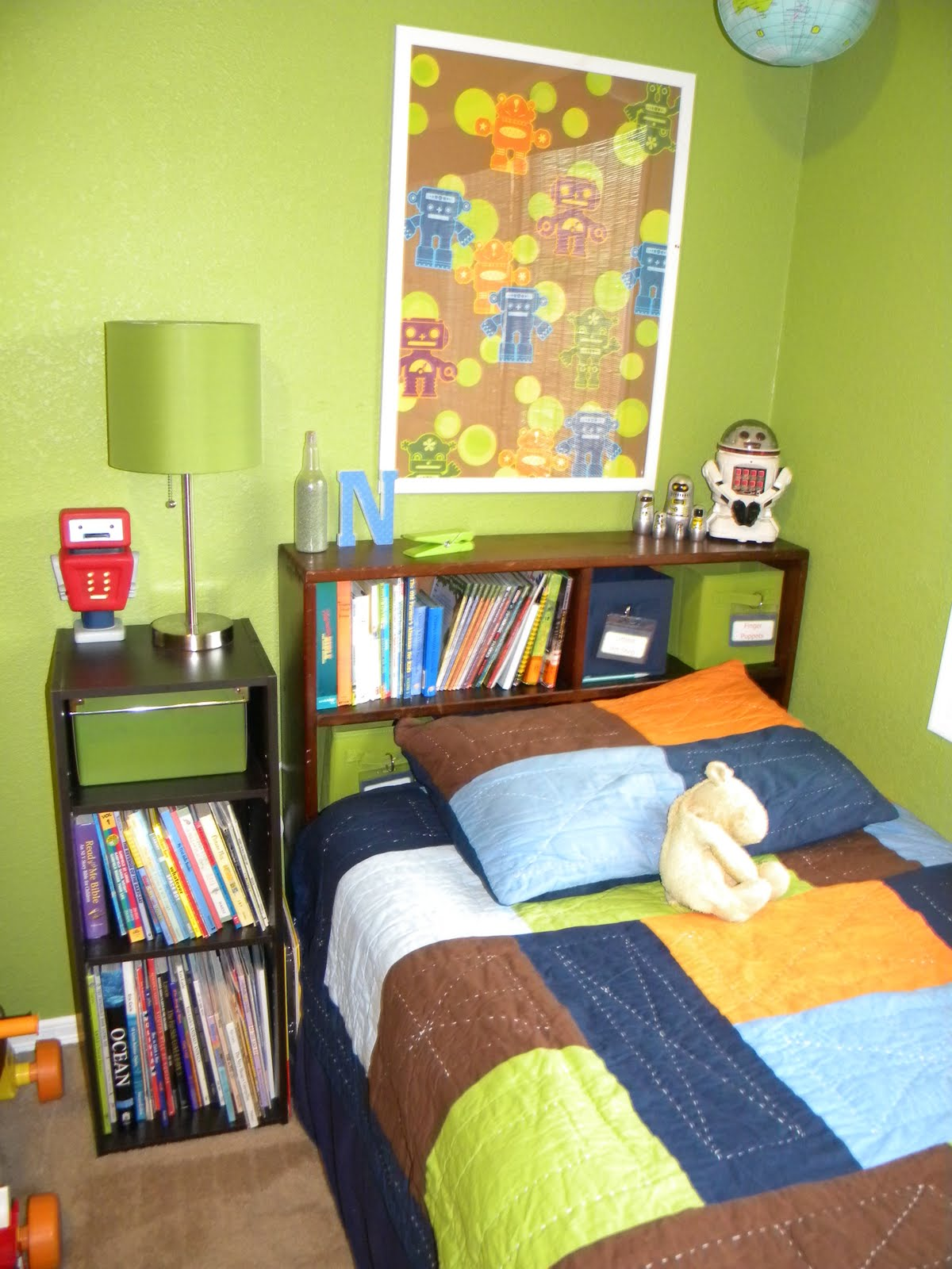 hereu0027s a closer look at noahu0027s bed his nightstand is another cubby thing from target and the green box on the top shelf acts a sort of drawer for noahu0027s