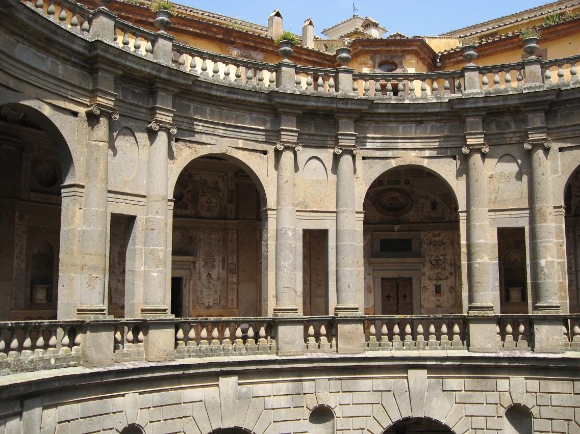 Gustando l 39 italia le meraviglie di palazzo farnese a for Cortile circolare