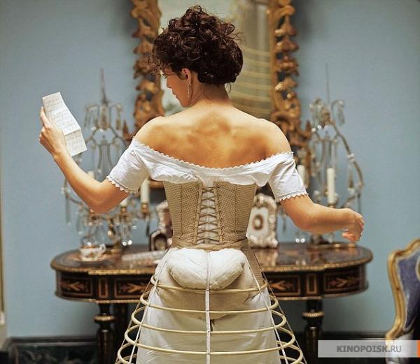 История моды №28 - Викторианская Англия. Время турнюров