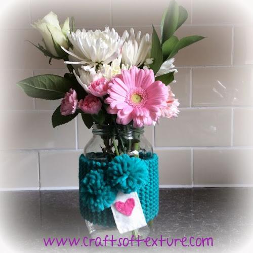 http://sarastexturecrafts.blogspot.co.uk/2014/05/may-flowers-tutoruial-link-up-love.html