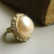 Art deco pearl ring
