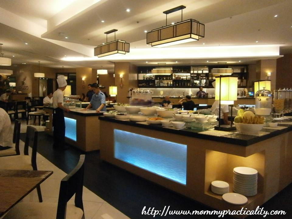 breakfast buffet at quest hotel cebu puso bistro bar practicality