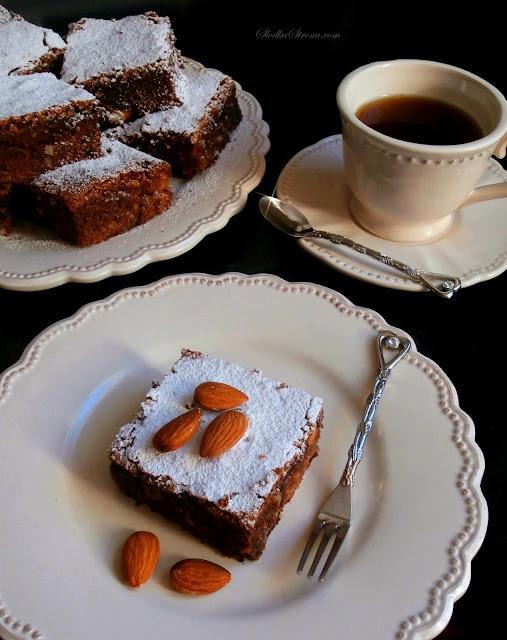 Ciasto Czekoladowe z Migdałami (Brownies z Migdałami) - Przepis - Słodka Strona