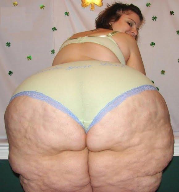 mujer gorda vieja desnuda:
