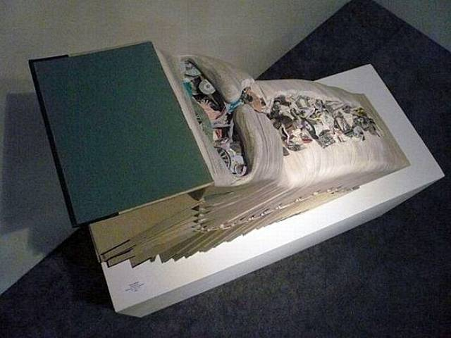 http://2.bp.blogspot.com/-mNySXkf6AD8/Ti7G7zdhrmI/AAAAAAAAhuw/cmgw4POZ6jw/s1600/Creative+Paper+Art+-+005.jpg