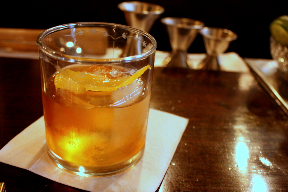 Daddy's Other Blog: Making an Old Fashioned With Tullamore Dew