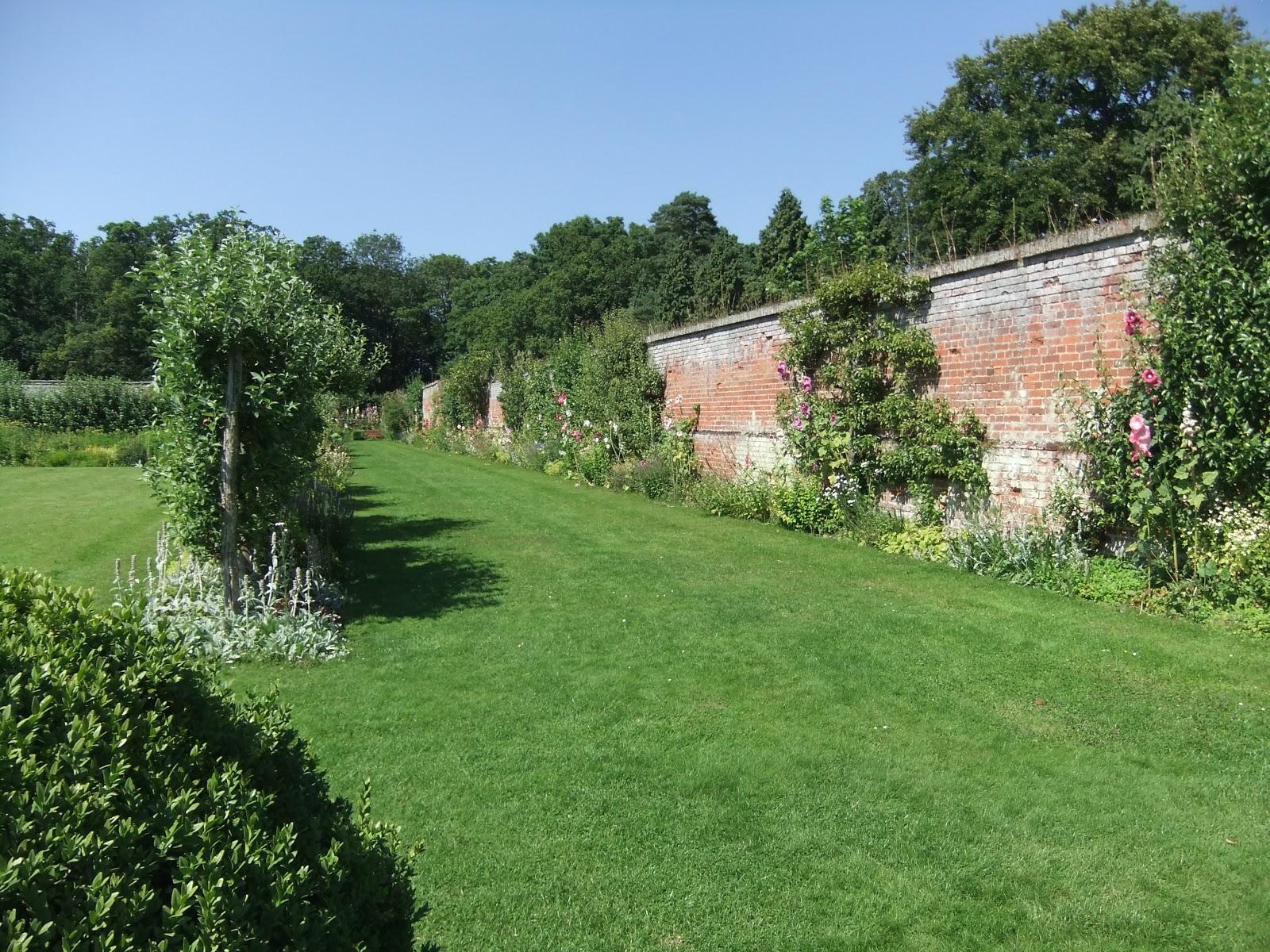 Ramblings from an English Garden: Kentwell Hall & Gardens Pt. 6