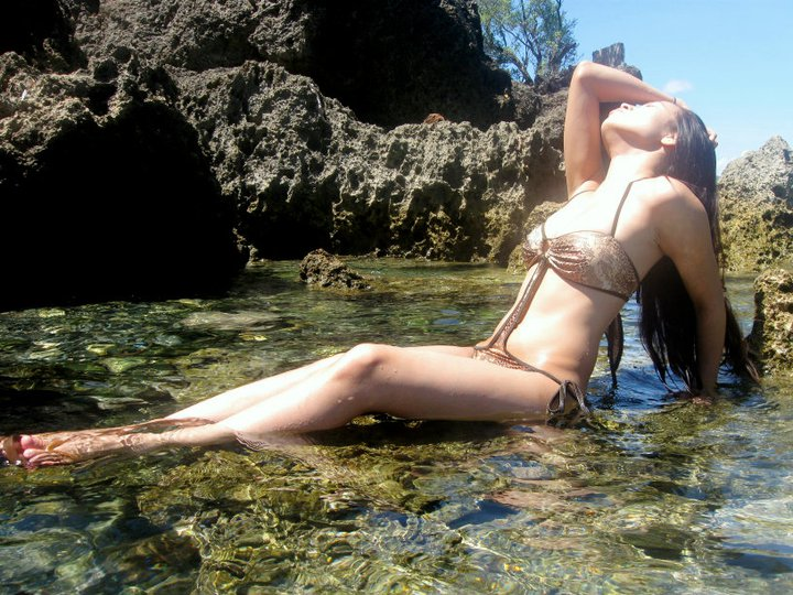 sexy filipina naked in the beach 3