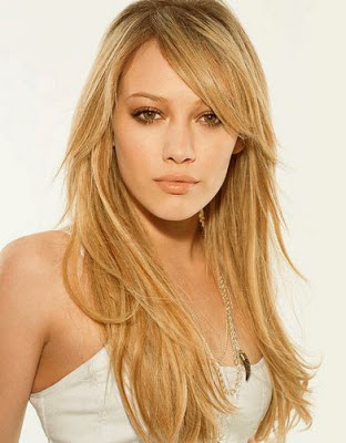 Hilary Duff long straight blonde hairstyles