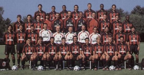http://2.bp.blogspot.com/-mPPaHBXFAXs/Tc_Skqnc2gI/AAAAAAAAAUc/m-MfoXuD45c/s1600/Milan-2000-2001.jpg