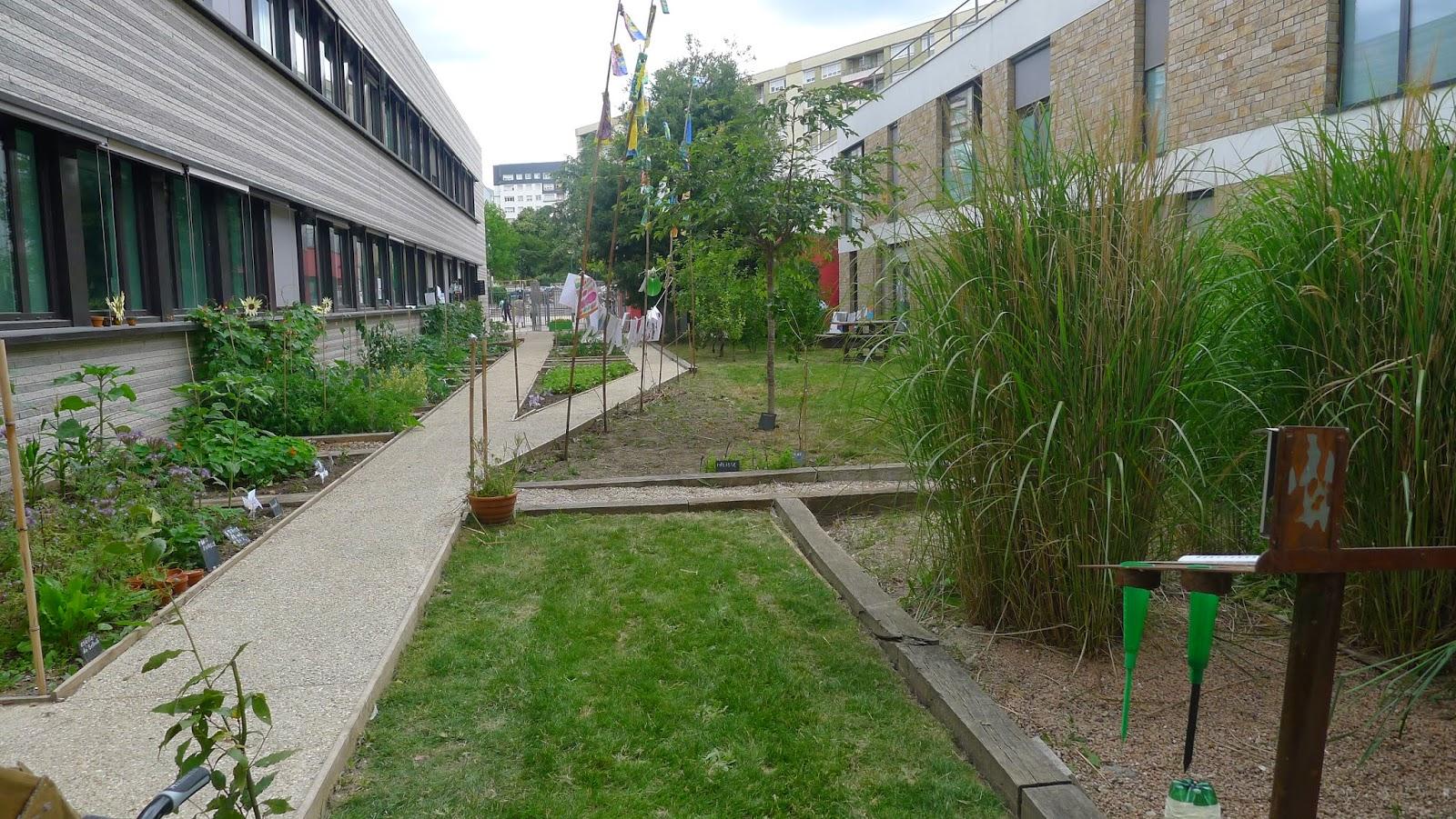 Renaissance du jardin de l 39 cole romain rolland epinay for Jardin renaissance