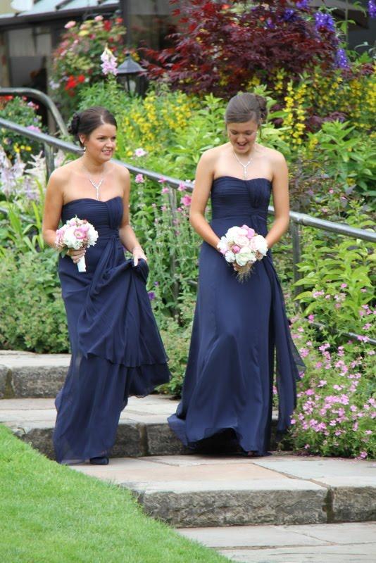 Laura gibbons wedding
