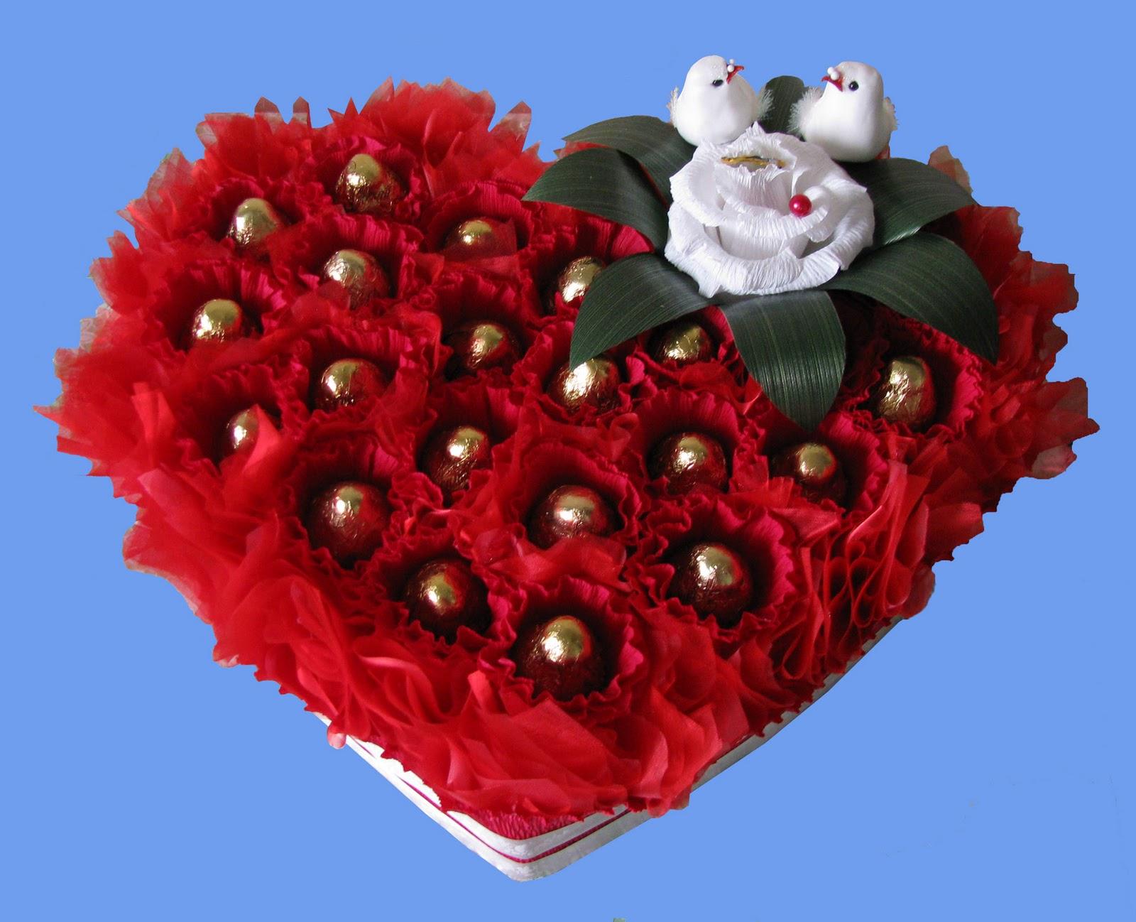 Сладкий подарок в виде сердца